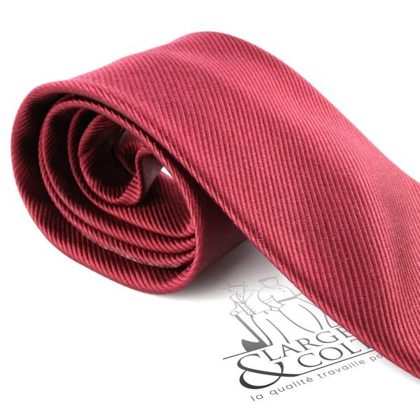 Cravate en soie unie